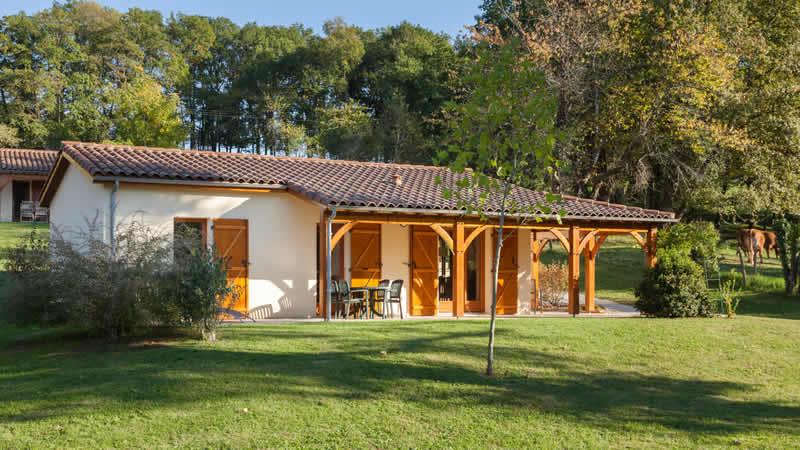 Village de Montmarsis, Gourdon, Lot & Dordogne, tips en korting